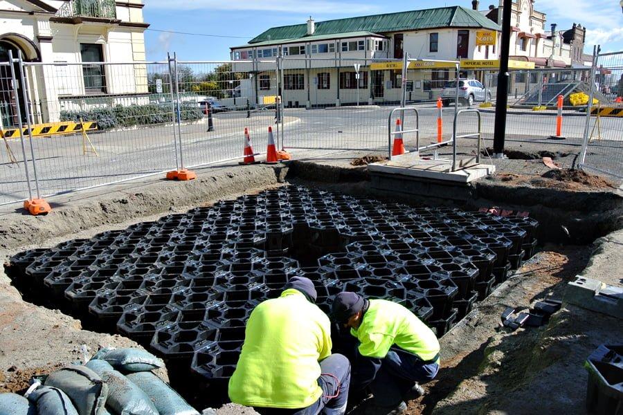 grey street stratacell installation 1